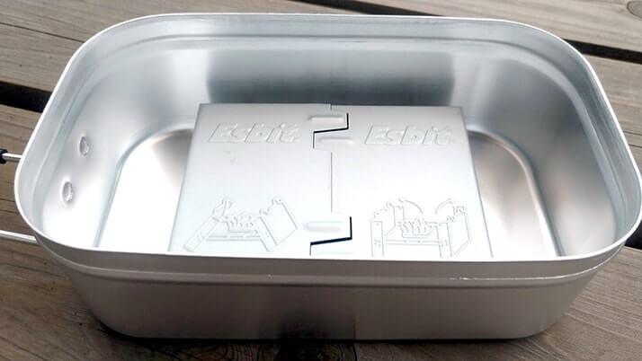 トランギア「メスティン」固形燃料1つで炊飯+缶詰の簡単ランチ!