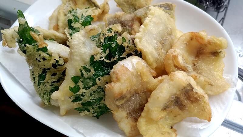釣り飯!アナゴ蒲焼+ワカシ・セイゴ・ギマ・イシモチの天ぷら