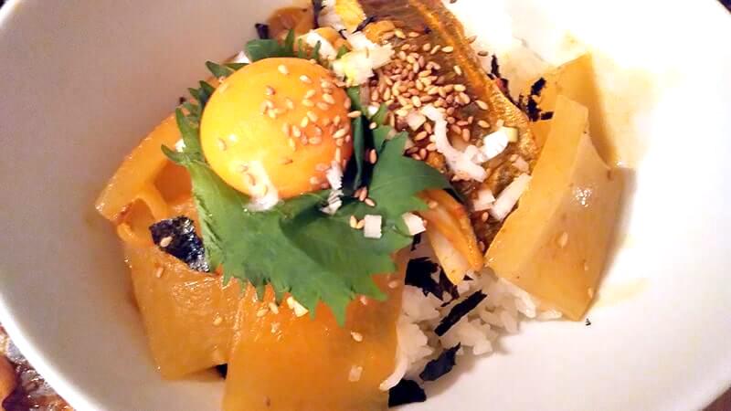 釣ったタチウオで作る韓国料理カルチジョリムが辛旨!飯泥棒!!【釣り飯】