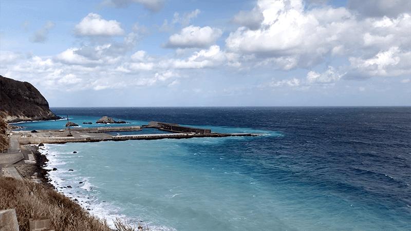 新島釣りキャンプ第二弾|強風の中サビキにヒラメ!?【DAY1】