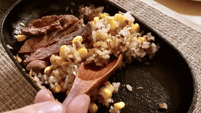スキレットでビーフステーキガーリックライス&豆腐ステーキ|家でキャンプごはん【キャンプ料理レシピ】